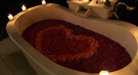 Rose tub